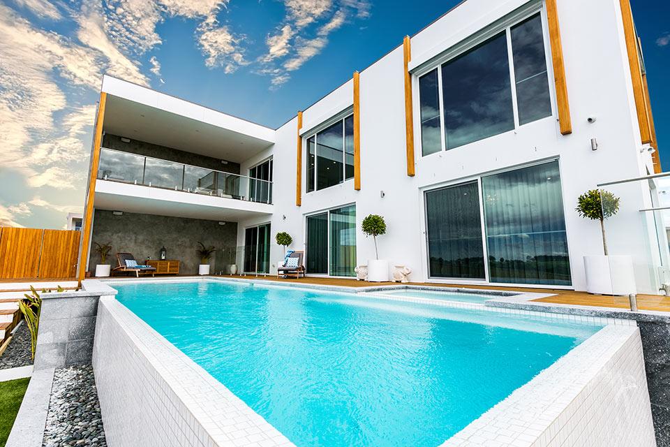 Pool gallery custom home builders in geelong for Pool design geelong