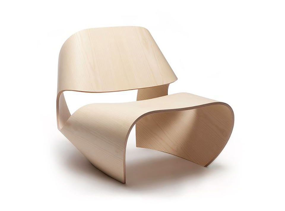 Curved-Plywood-chair